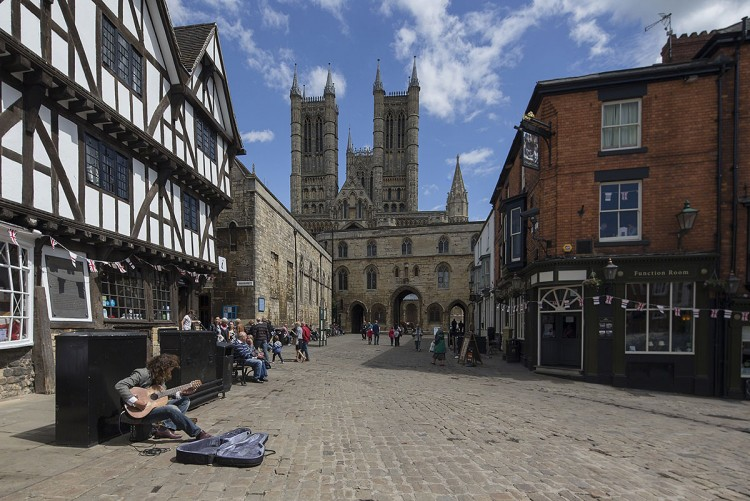 Leading into Lincoln Cathedral